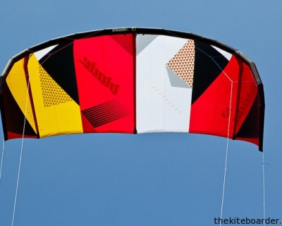 2013 17M Blade Fat Lady Wind Kite Review by The Kiteboarder