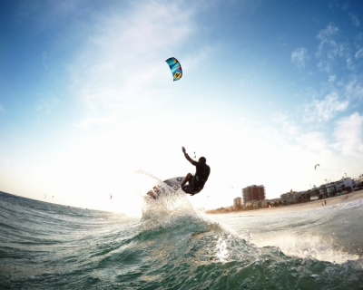 Stephan Figueiredo celebrates the Rio winter in his first blog for TheKiteMag